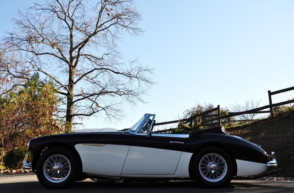 1963 AUSTIN HEALEY 3000 BJ7 SOLD